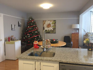 May 1-year lease: 5 min WALK to DAL