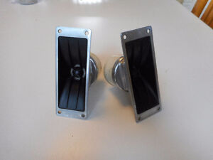 T35 Electrovoice Horn Tweeters