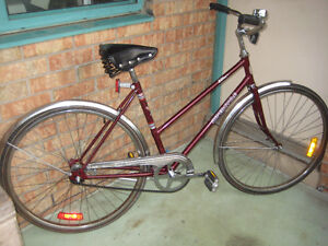 26'' VINTAGE bike in excellent condition clean tued up