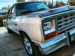 1984 Dodge Royal SE D-350 Crew cab long box 2wd 360
