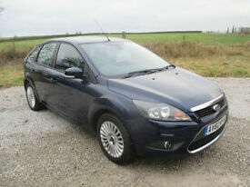 Ford Focus 1.6 ( 100ps ) 2010.25MY Titanium