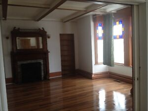 Nice and Spacious Four Bedroom Apartment for Rent