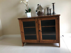 Solid Wood Dining Buffet/Storage and Foyer Console