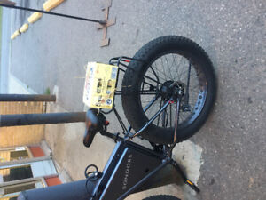 Sondors Electric Fast Fat Tire Mtn Bike.