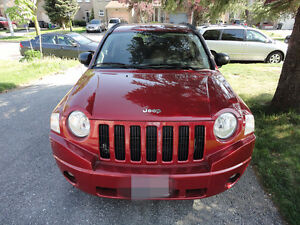 2007 Jeep Compass Sport SUV--REALLY LOW kilometers