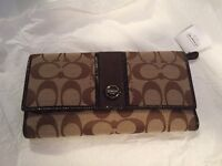 BRAND NEW COACH WALLET WITH CHECKBOOK CASE