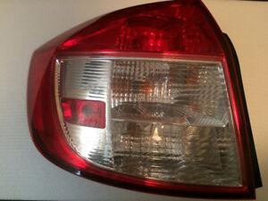 Lumière arrière conducteur Suzuki SX4 Sedan (4 portes) 2006-2009