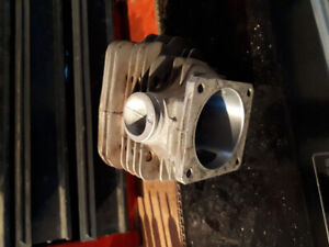 Stihl 044 cylinder oem used and in good condition