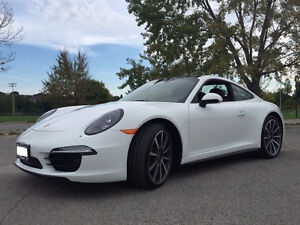 2015 Porsche 911 Carrera 4 Coupe (2 door)