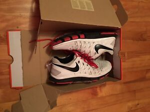 NIKE FREE TRAINERS FOR SALE