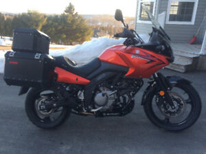 2011  Suzuki 650  V-Strom Adventure Touring