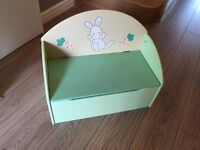 Wooden toy box seat - From Vertbaudet