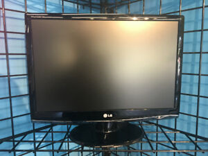 """22""""refurbished and tested monitors for sale! $40!"""