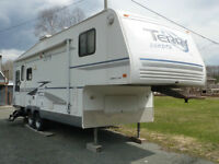 TERRY DAKOTA 28.5', 5TH WHEEL ULTRA LIGHT EDITION PLUS
