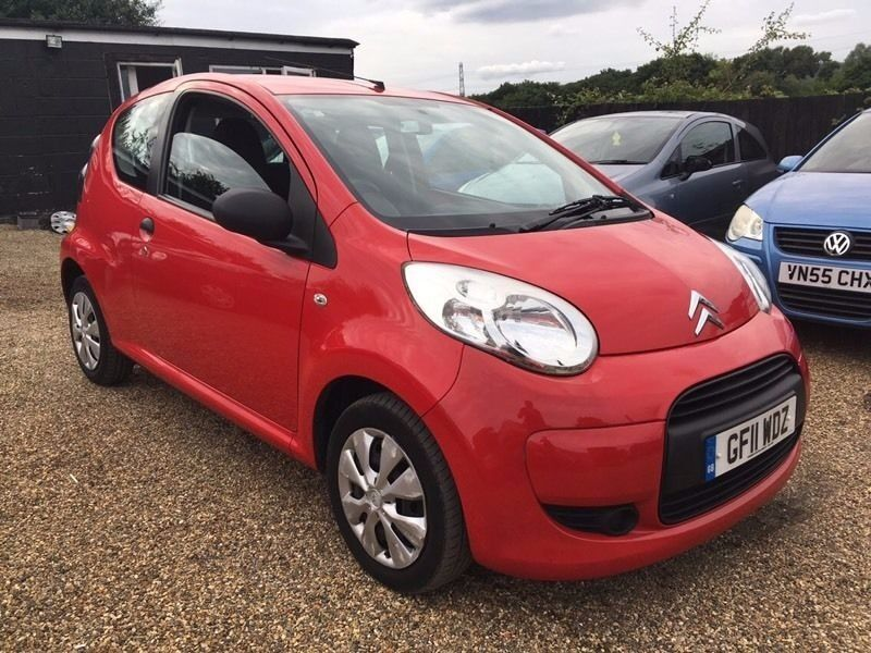 CITROEN C1 VT 1.0 2011 3DR * IDEAL FIRST CAR * CHEAP INSURANCE AND ONLY £20 ROAD TAX * HPI CLEAR