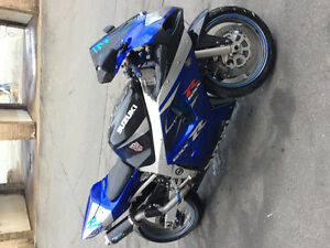 Road ready 2002 Suzuki gsxr 600.