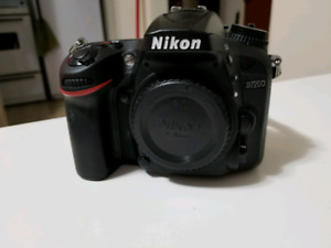 Nikon D7200 camera body and kit lens