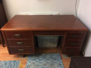 Mahogany Desk from the Nova Scotia Supreme Court