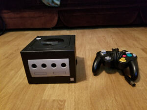 BLACK GAME CUBE WITH GAMES PRICED SEPARATELY