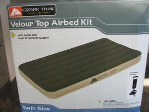 New Twin Airbed with pump