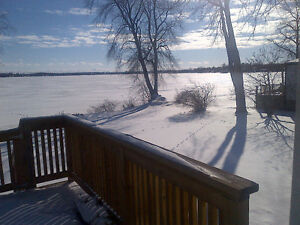 CHEMONG LAKEFRONT HOME, MONTHLY, WEEKLY OR WEEKENDS