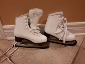Ice skates for girls / patins pour fille - taille 11