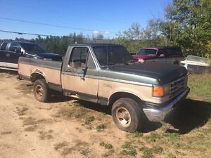 Parting out 1987-91 f150 Cornwall Ontario image 1