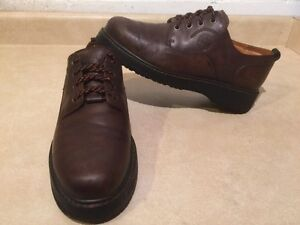 Men's Timberland Waterproof Leather Shoes Size 9.5 London Ontario image 2