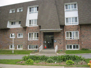 AVAILABLE AUGUST 1- ALL INCLUSIVE - 2 BEDROOM IN BROCKVILLE