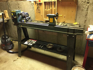 CRAFTEX MODEL B2338 WOOD LATHE