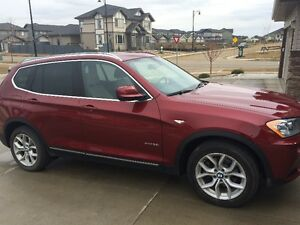2014 BMW X3 xDrive28i - Low kms