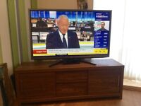 """50"""" LG SMART TV, Full HD & 3D ready, with NEXT walnut effect TV stand. £450 o.n.o"""