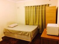 stunning Double room available,6/7min walk from upton park station.*ALL BILLS INCLUDED*