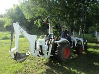 BOBCAT CT235 TRACTOR/BACKHOE