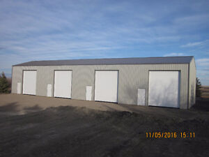 COMMERCIAL STORAGE BAYS