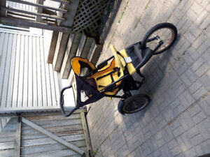 Safety 1st 3 wheel running buggy