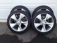 Toyota Camry SE tires and rims