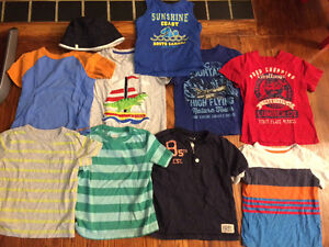 Boys 4T t-shirts EUC Old Navy, Carters