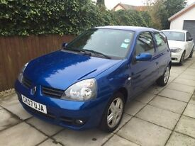 Renault Clio 1.2 campus sport 3dr low milage 66152