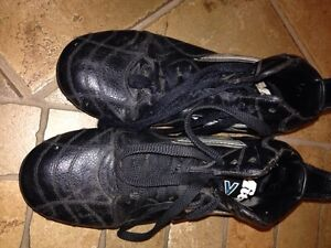 Mitre size 4 rugby cleats Cambridge Kitchener Area image 3