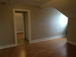 One-bedroom Apartment with Rent Incentive Moose Jaw Regina Area image 2
