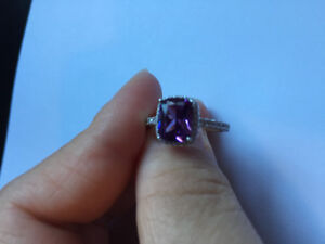 Sterling silver ring with purple diamond size 6