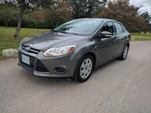 2013 Ford Focus SE 5-Speed