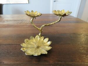 Lucky Brand Gold Tone Flower Jewelry Stand