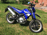Yamaha XT 125 X Road going supermoto. 2006