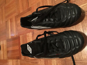 Women's Umbro Cleats Size 7