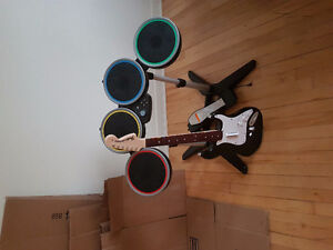 Ps4 Rockband drums and guitar