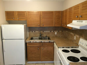 Free Rent Upgraded 2BR 2BA Waters Edge 10149 Saskatchewan Drive Edmonton Edmonton Area image 2
