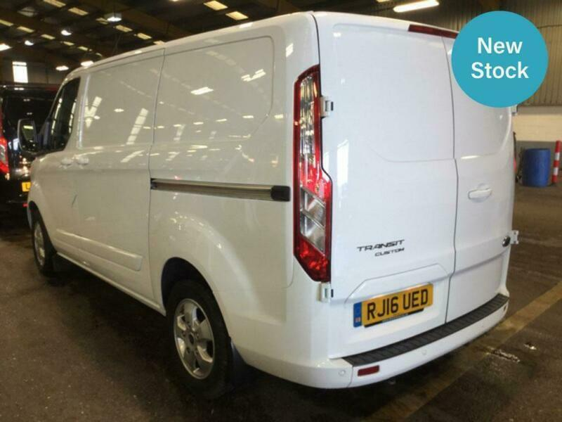 2016 FORD TRANSIT CUSTOM 2 2 TDCi 125ps Low Roof Limited SWB Van | in St  George, Bristol | Gumtree