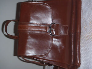 100% Genuine Leather Purse